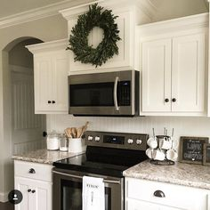 Small Kitchen Remodel U Shape Farmhouse Style Kitchen, Kitchen Redo, Country Kitchen, New Kitchen, Kitchen Ideas, 1970s Kitchen, Home Renovation, Home Remodeling, Kitchen Remodeling