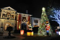 See the Christmas 2013 light displays in Highland Park and vote for your favorite | Dallas Morning News