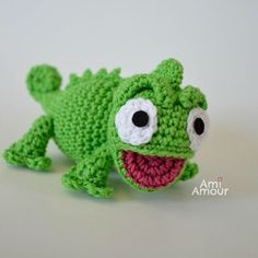 A sweet chameleon, it's Pascal from   Tangled!