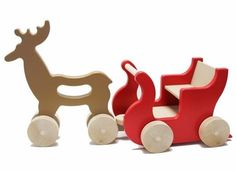 manny and simon: Reindeer and Sleigh Wooden Toy