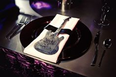 So, you want to plan the perfect rock and roll themed wedding this summer that will do justice to your energetic, ebullient and eccentric personality? You want something uniquely you?