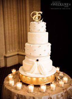 {Cake: Just Temptations}; {Source: WedLuxe Magazine}