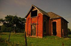 Carmel, Indiana - old school house Abandoned Churches, Old Churches, Abandoned Homes, Abandoned Places, Abc School, Old School House, School Days, Architecture Old, School Architecture