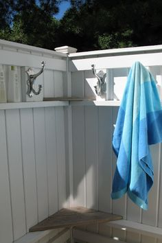 How to build an Outdoor Shower ~ Beach not included! :: Hometalk
