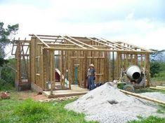 Hasil gambar untuk casas de madera o guadua colombia Cabana, Bamboo Building, Weather Storm, Bamboo Construction, Bamboo House, Tiny House Plans, Palawan, Types Of Houses, Building Design