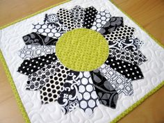 interesting idea for an entire quilt - tonal flowers  Creative ideas for you: Free PDF Quilt Patterns
