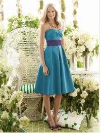 Cute dress in reverse colors