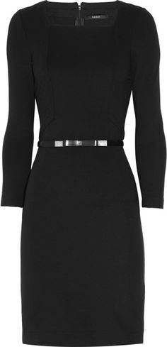 GUCCI Belted Stretch-jersey Dress Classic, love it! Lbd, Lil Black Dress, Work Fashion, Fashion Design, Work Chic, Glamour, Work Attire, Color Negra, Couture