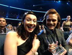 Outlander wins!!!! Caitriona Balfe and Sam Heughan, 2015 People's Choice Awards