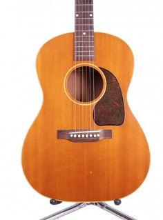 1950 Gibson LG-3 - Natural Guitar Shop, Cool Guitar, Gibson Acoustic, Acoustic Guitars, Vintage Guitars, Music Instruments, Steel, Heart, Natural