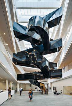 UN-Verwaltungsgebäude in Kopenhagen, 3XN Architects, Treppenskulptur