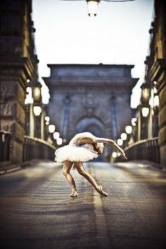 ballet Poise, grace and beauty dance dancer ballerinas | Dance Inspired Glamour