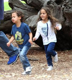twins Max and Emme Celebrity Siblings, Celebrity Babies, Celebrity Children, Marc Anthony And Jlo, Twin Babies, Twins, Beautiful People, Beautiful Women, Happy 5th Birthday