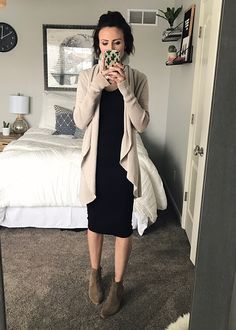 The perfect spring church outfit. Everyday style, how to wear a casual spring dress.