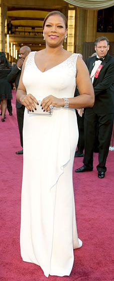 Queen Latifah is the picture of elegance at the 2013 Oscars