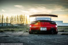 Life is too short to be slow - Mazda RX-7 (FD)