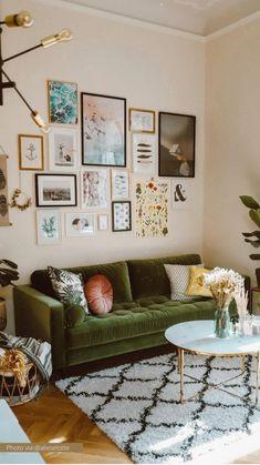 Boho Living Room, Interior Design Living Room, Home And Living, Living Room Designs, Small Living, Living Room On A Budget, Bohemian Living, Boho Room, Living Room Decor Green Couch
