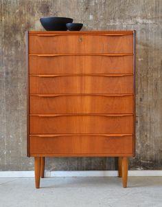 Vintage Kommoden - 60er TEAK KOMMODE HIGHBOARD DANISH DESIGN - ein Designerstück von stilraumberlin bei DaWanda