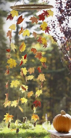 Herbstdeko selber machen - 15 DIY Bastelideen - Herbst basteln Patio Decorating Ideas, Wood Fence Id Cheap Fall Crafts For Kids, Easy Fall Crafts, Fall Diy, Diy Crafts To Sell, Summer Crafts, Diy For Teens, Crafts For Teens, Kids Diy, Autumn Leaves Craft