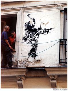 Glaciériste. Rue des deux boules. Paris 1. 2002 Stencil Graffiti, Rue, Stencils, Artworks, Street Art, Paris, Art Pieces, Templates, Stenciling