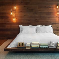 9 Unique Tricks Can Change Your Life: Modern Minimalist Bedroom Quartos asian minimalist interior modern homes.Minimalist Home Ideas Inspiration minimalist bedroom simple lights.Minimalist Home Ideas Minimalism. Platform Bed Plans, Wooden Platform Bed, Platform Bed Designs, Bed Platform, Platform Beds Ideas, Floating Platform Bed, Floating Bed Frame, Black Platform, Home Bedroom