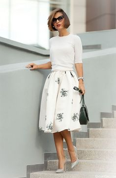 20 Looks with Pretty Midi Skirts Glamsugar.com Black Rose Print Flare Skirt