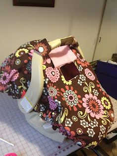 Great link for the pattern to make this car seat cover.