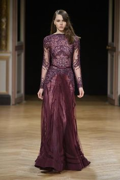 Ziad Nakad Fall 2016 at Haute Couture Week Couture Mode, Style Couture, Couture Week, Couture Fashion, Runway Fashion, Paris Fashion, Stunning Dresses, Beautiful Gowns, Pretty Dresses