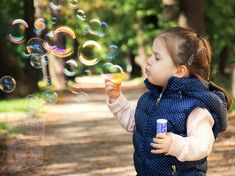 Calming Activities, Sensory Activities, Family Activities, Summer Activities, Outdoor Activities, Grands Parents, Soap Bubbles, Sensory Processing, Sensory Toys