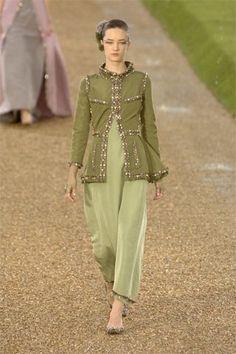 Chanel Fall 2007 Couture Fashion Show - Laragh McCann