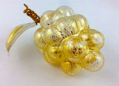 Handblown Murano Glass Grape Cluster, Gold |My Italian Decor......................... These gorgeous, hand-made Murano glass pieces. 18kt GOLD foil dust the outside giving them a rich and regal effect. Buy now from My Italian Decor.