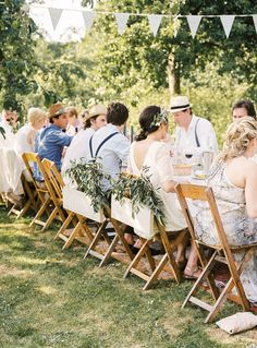 Low Budget Wedding, Outdoor Furniture Sets, Outdoor Decor, Summer Wedding, Love Story, Bohemian, Wedding Photography, Table Decorations, Home Decor