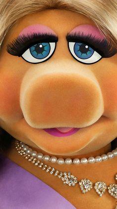 Muppets Most Wanted Phone Wallpaper Little Miss Piggy, Miss Piggy Muppets, Muppets Most Wanted, Bambi Disney, Peanuts Movie, Muppet Babies, Jim Henson, Movie Wallpapers, Kermit