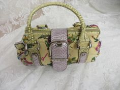GUESS HANDBAG PURSE Canvas Leather Yellow Print Juliette NWT $60.00