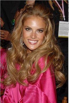alessandra ambrosio with blonde hair..still beautiful :)