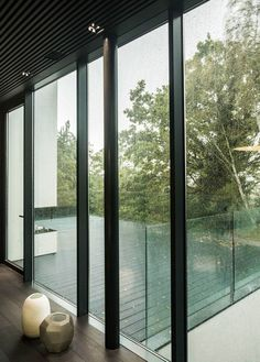 How do you create a contemporary, scenery-led home within an existing building? This forest-hidden gem by architect Rado Iliev and photographer Assen Emilov spl