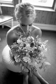#TheBrideAndHerBouquet  #Bride #TheBride #Bouquet #BridesBouquet