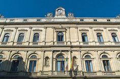 Caltagirone, facciata di Palazzo dell'Aquila, sede del Municipio