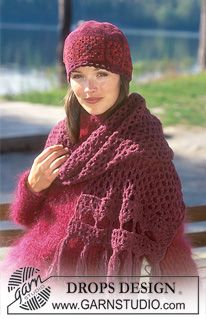 Gehaakte DROPS sjaal met franjes van «Ull-Bouclé» en muts van «Tynn Cotton Chenille» ~ DROPS Design