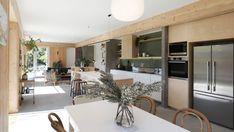 Grand Designs NZ: Going green on a Wellington cliff edge Denmark House, Compact House, Solar House, Grand Designs, Kit Homes, Architect Design, Go Green, Home Decor Inspiration, Furniture Decor