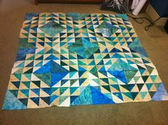 ocean waves quilt pattern | Posted by Livin' Blue Quilter at 6:35 PM