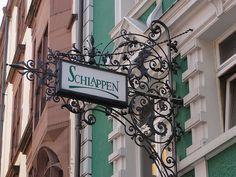 Schlappen Bar in Freiburg im Breisgau, Deutschland - Schlappen Reiseführer - tripwolf