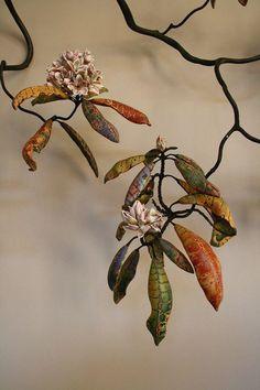 Descending Rhododendron – Micheal Sherrill  source: Ceramic art