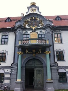 See 180 photos and 13 tips from 5178 visitors to Augsburg. It is so hard to find good places to eat. Best Places To Eat, Bavaria, Pop Up, Places Ive Been, Germany, City, Travel, Eye, Beauty