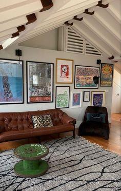 Living Room Decor, Living Spaces, Interior And Exterior, Interior Design, Aesthetic Rooms, Dream Apartment, Dream Decor, Cool Rooms, New Room