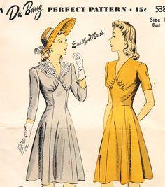 Du Barry (5384) 1940s dress pattern - love the central panel shape 1940s Dresses, Vintage Dresses, Vintage Outfits, Vintage Dress Patterns, Clothing Patterns, 1940s Fashion, Vintage Fashion, Fashion Sewing, Vestidos Retro