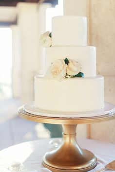 Three Tiered Round White Wedding Cake with Fresh Roses | Traditional Wedding Cake