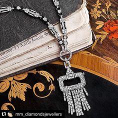 43 отметок «Нравится», 2 комментариев — Vered Russ Maroz (@veredruss) в Instagram: «#Repost @mm_diamondsjewellers with @repostapp. ・・・ Chaumet!!! So Royal!!!! #dubai #diamond…»