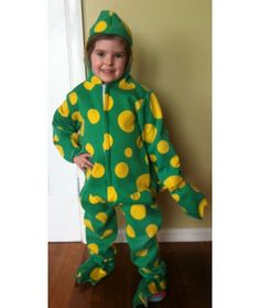 Dorothy Dinosaur Knitting Pattern : 1000+ images about Green Theme on Pinterest Green costumes, Green character...