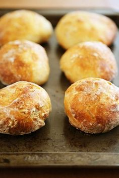No-Knead Crusty Artisan Mini Loaves – So crusty, fluffy, and EASY! Just 3 ingredients and 5 minutes for these homemade loaves. thecomfortofcooking.com